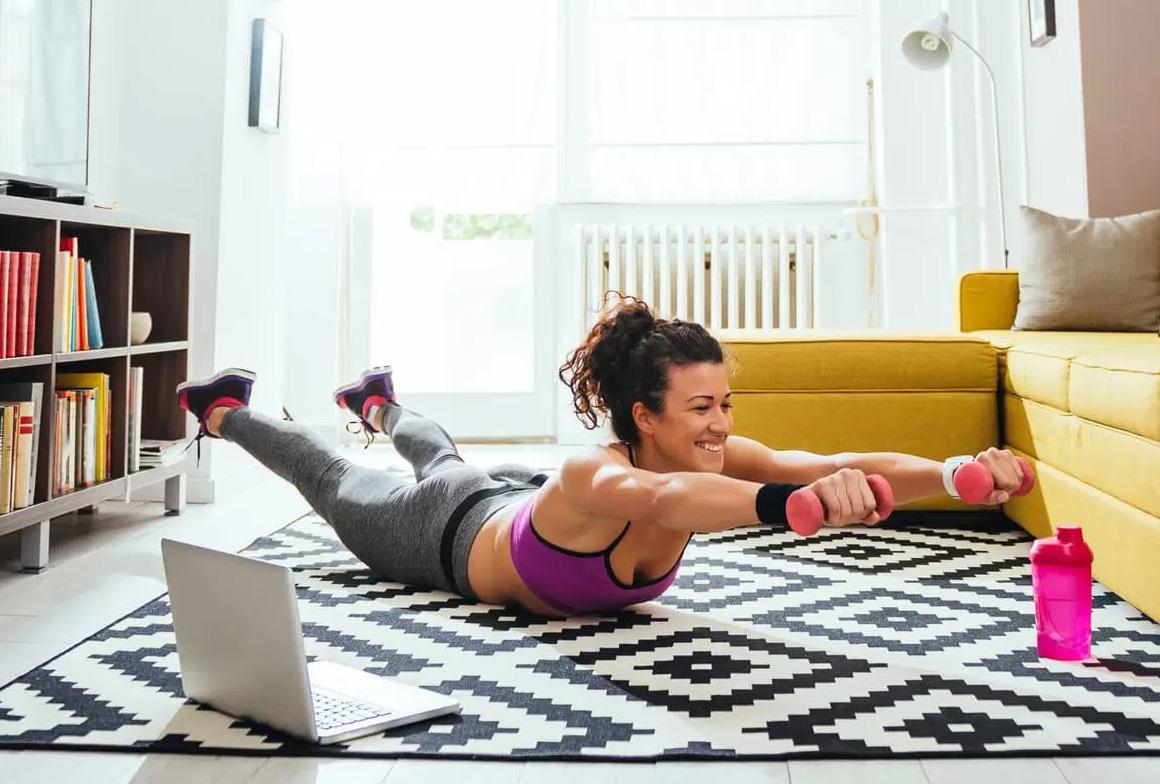 5e7c17d4a 14 dicas de como treinar em casa de forma prática e eficiente - Blog ...